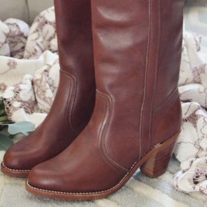 Maroon/red/brown vintage dex 70's boots